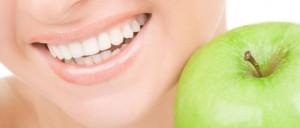 Gesunde und kraftvolle Zähne